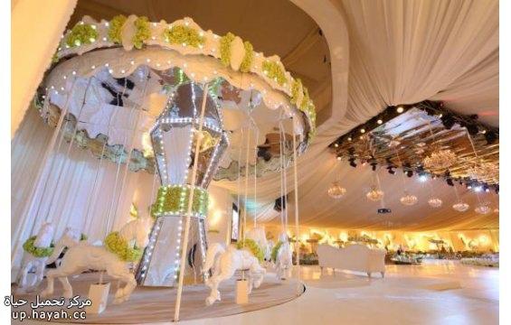 بالصور افكار لتصميم كوشة العروس lduth.jpg