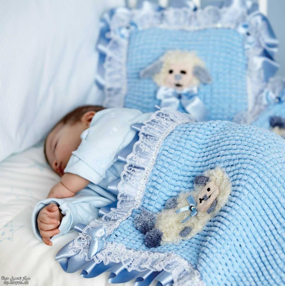 صور لملابس من الكروشيه والتريكوللأطفال GLyC4Q93km.jpg